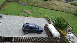 Parkoviště v létě